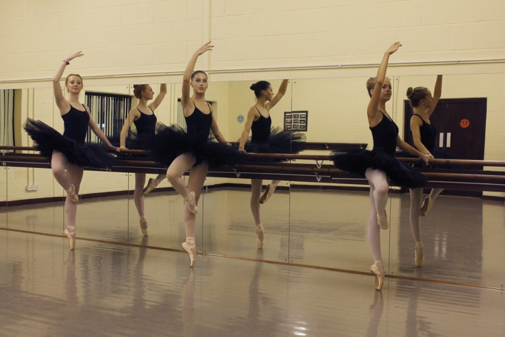 Bedfordshire School of Dance & Drama - Ballet Classes